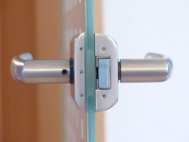 moderné sklenené dvere.jpg